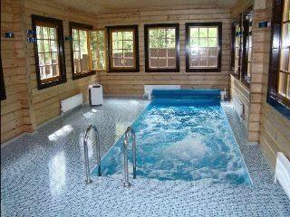 Строительство бани с бассейном в Санкт-Петербурге