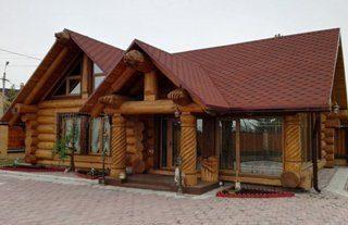 Рубленный дом с баней в Санкт-Петербурге
