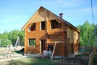 Строительство дома из бревна под усадку в Санкт-Петербурге