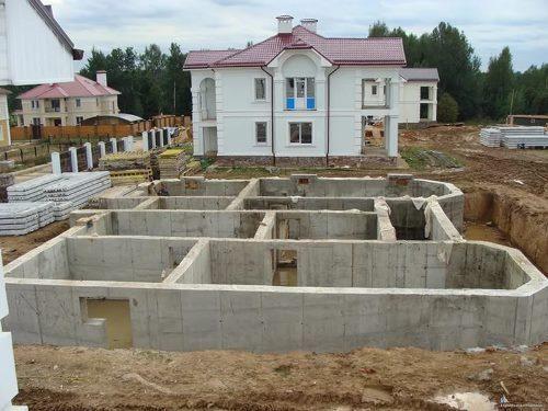 Строительство цокольного этажа в Санкт-Петербурге