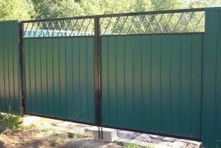 Фото процесса производства Распашные ворота для дачи в Санкт-Петербурге