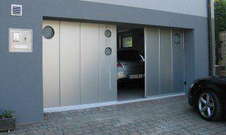 Фото процесса производства Откатные ворота гаражные в Санкт-Петербурге