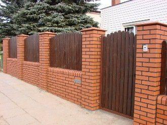 Кирпичный забор под ключ в Санкт-Петербурге